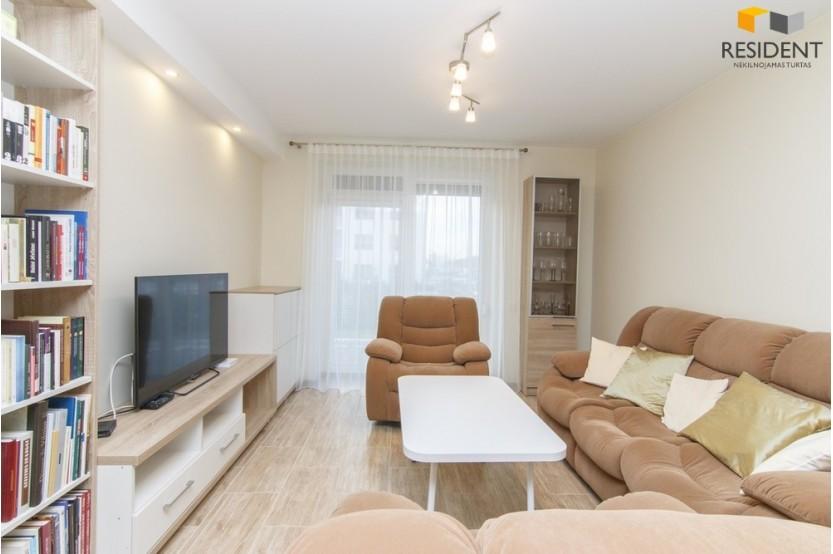 Parduodamas butas I. Simonaitytės g. 8, Pilaitėje, Vilniuje, 48.23 kv.m ploto, 2 kambariai